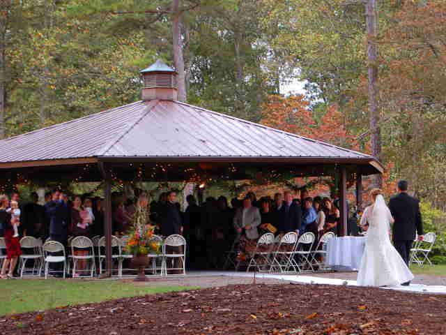 Ut Arboretum Program Shelter Wedding